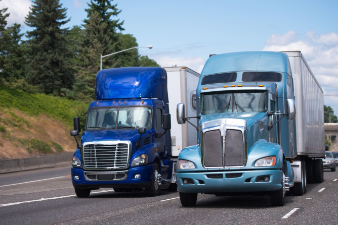 Why Trucking Companies Should Invest in Top of the Line Vehicles